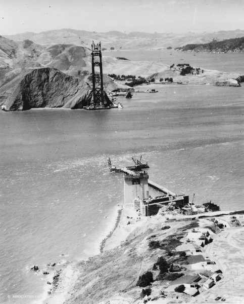Most Golden Gate w trakcie budowy w 1934 roku (fot. Library of Congress)