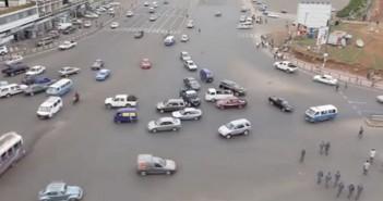 Plac Meskel - piekielne skrzyżowanie w Etiopii