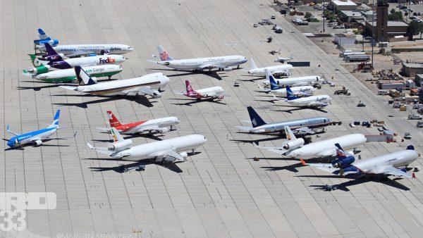 Cmentarzysko samolotów na lotnisku Southern California Logistics Airport w Victorville (fot. Marcin Krasiński/rd33.net)