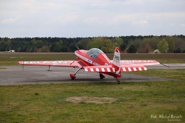 Extra 330 LC - Żelazny (fot. Michał Banach)
