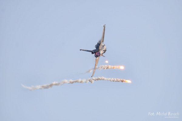 F-16 Demo Team Aerofestival 2016 (fot. Michał Banach)