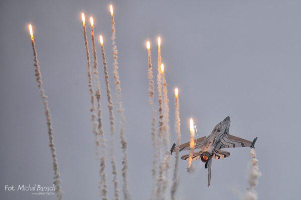 F-16 Belgia - Aerofestival 2016 (fot. Michał Banach)