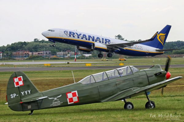 Jak-18 - Aerofestival 2016 (fot. Michał Banach)