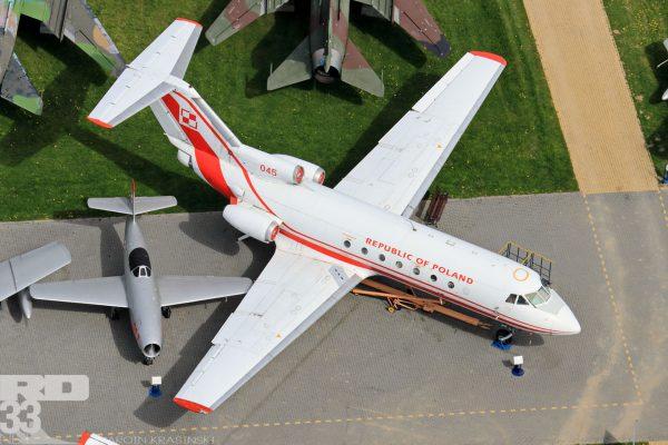 Jak-40 i Jak-23 (fot. Marcin Krasiński/rd33.net)