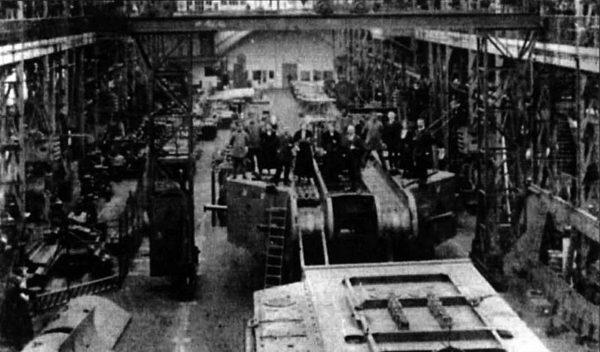 K-Wagen w hali produkcyjnej