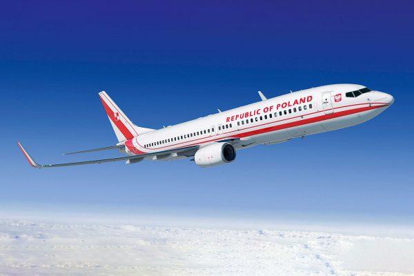 Wizualizacja przedstawiająca Boeinga 737 w polskich barwach