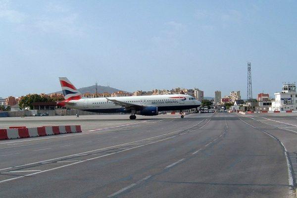 Port Lotniczy Gibraltar (fot. Scott Ehardt)