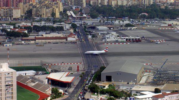 Port Lotniczy Gibraltar (fot. Wikimedia Commons)