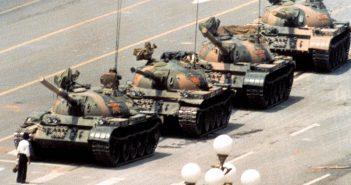 Tank Man - nieznany buntownik z placu Tian'anmen