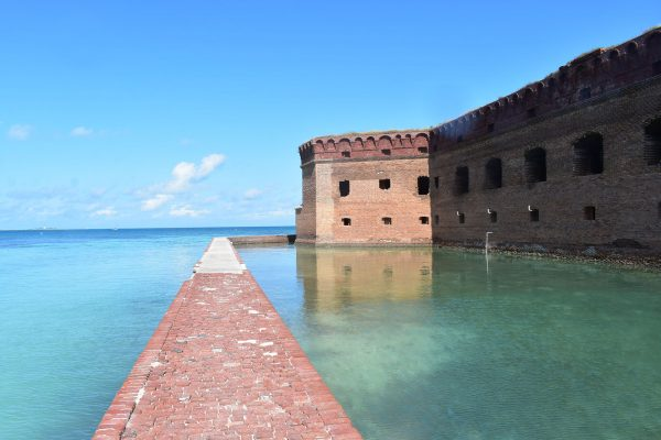 Fort Jefferson (fot. Ldicktel/Wikimedia Commons)