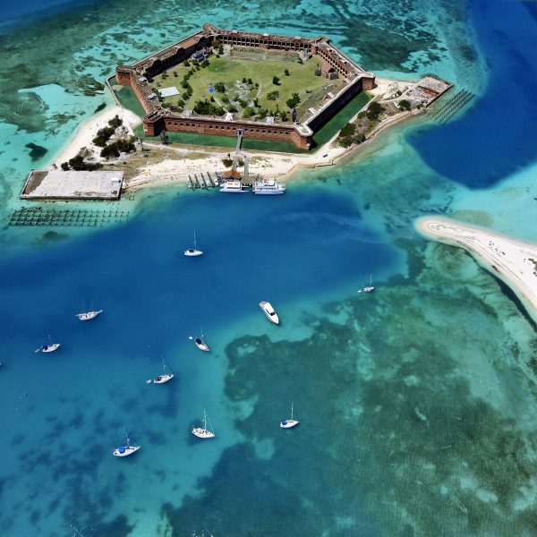 Fort Jefferson (fot. Rob O'Neal)