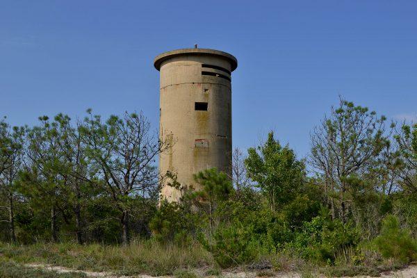 Wieże obserwacyjne na plażach Delaware (fot. Steve Earley)
