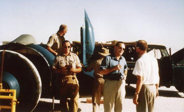 Donald Campbell wraz z zespołem w Bonneville