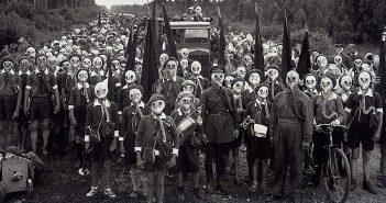 Pionierzy na fotografii Wiktora Bułły - zdjęcie