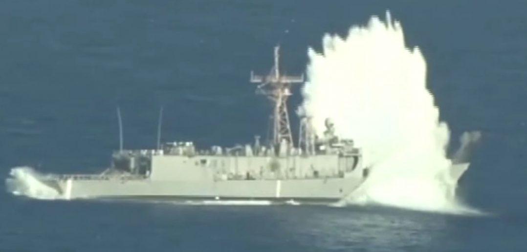 Manewry SINKEX - zatopienie fregaty USS Thach - film