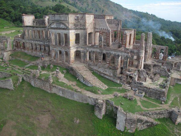 Pałac Sans-Souci (fot. Iconem/Wikimedia Commons)