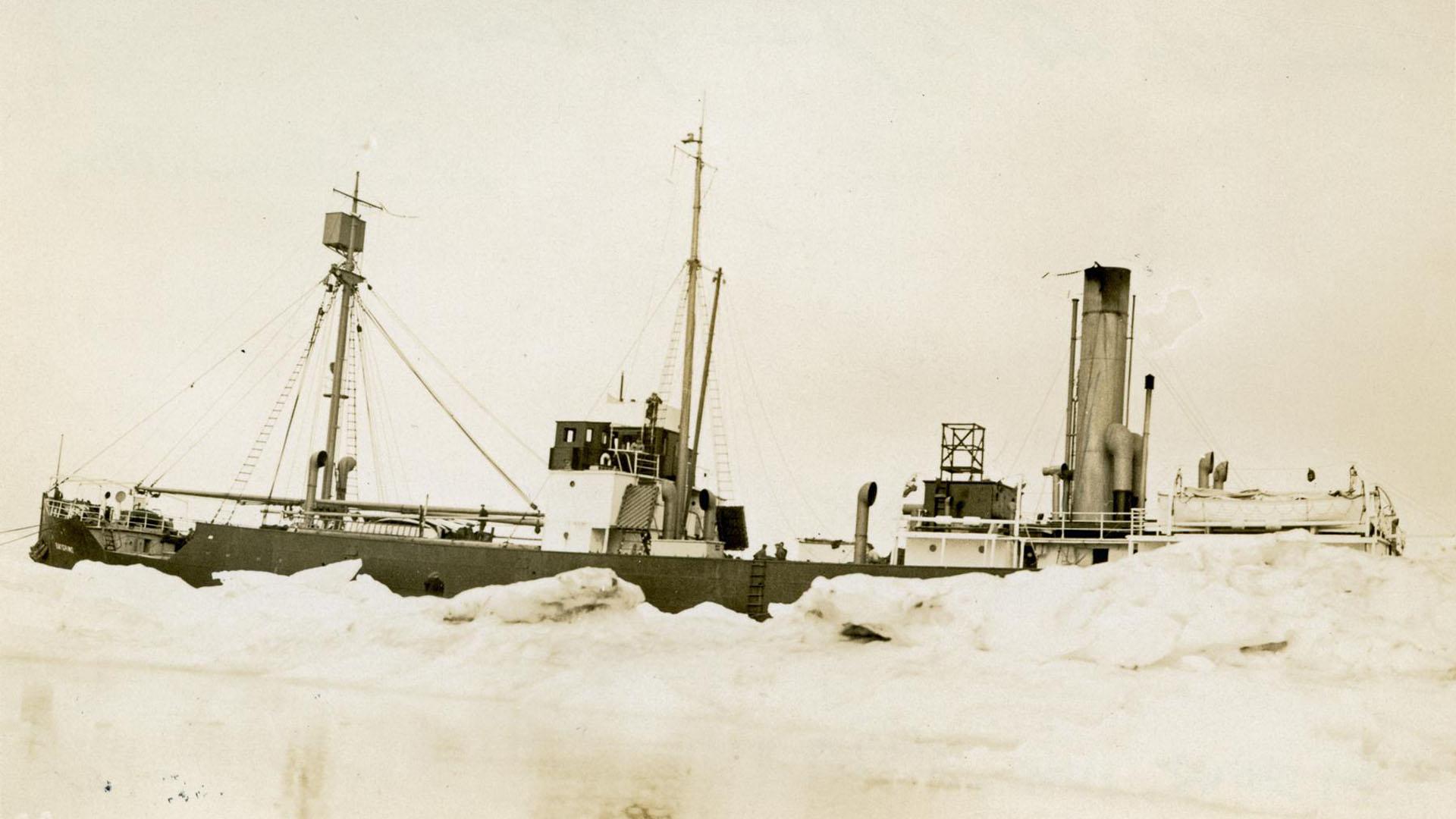 Baychimo - арктический корабль-призрак.