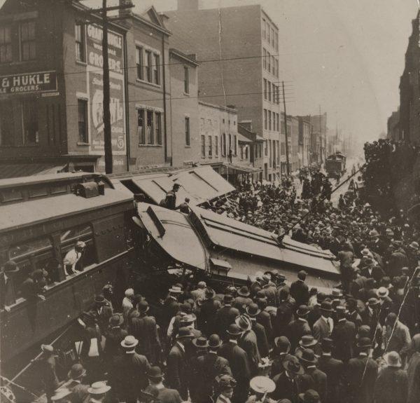Zderzenie tramwaju z pociągiem w Lexington w stanie Kentucky w 1907 roku