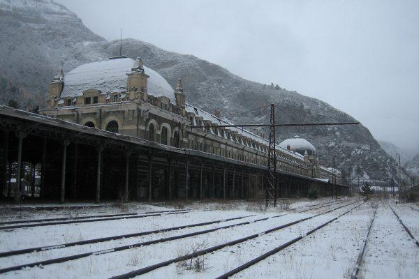 Dworzec kolejowy w Canfranc (fot. Francho Beltrán)