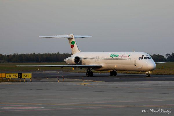 Bulgarian Air Charter McDonnell Douglas MD-80 - Dzień Spottera – Poznań Lotnisko Ławica (fot. Michał Banach)