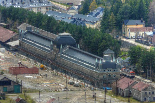 Dworzec kolejowy w Canfranc (fot. Juan Carlos Gil)