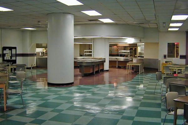 Wnętrze schronu - pomieszczenia socjalne
