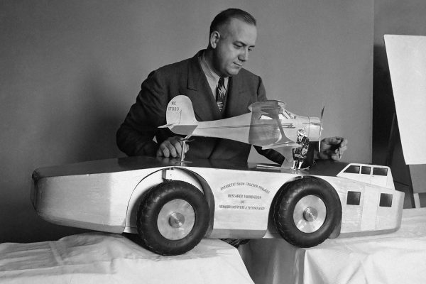 Model Antarctic Snow Cruiser