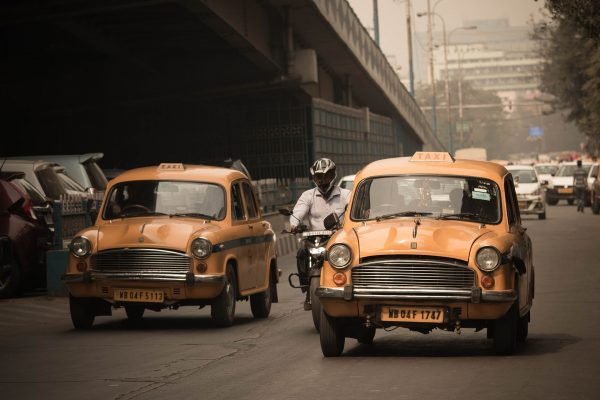 Hindustan Ambassador jako taksówka (fot. pexels.com)