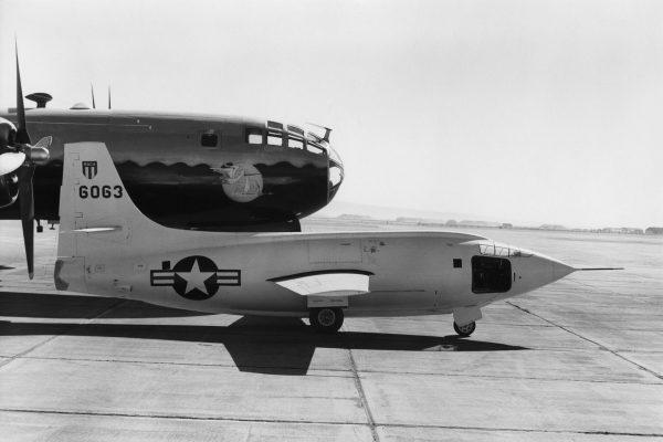Bell X-1 i jego nosiciel - B-29