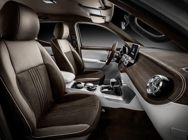 Mercedes X-Class (fot. Daimler AG)