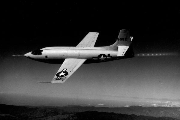 Bell X-1 sfotografowany w 1948 roku