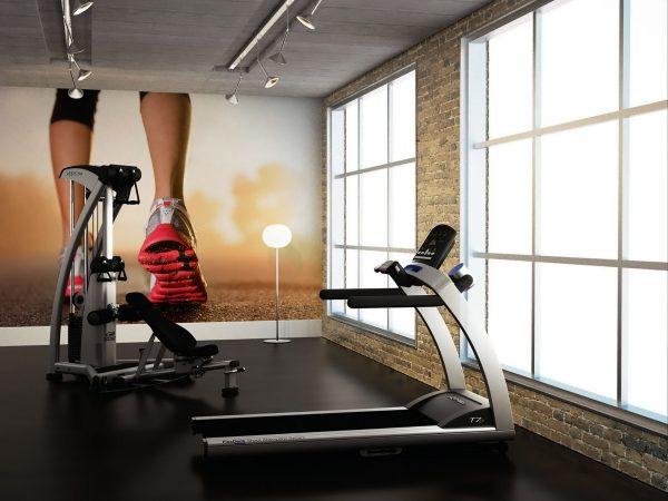 Prosty sposób na ciekawe wnętrze siłowni albo nawet pokoju do ćwiczeń (fot. Pixers)