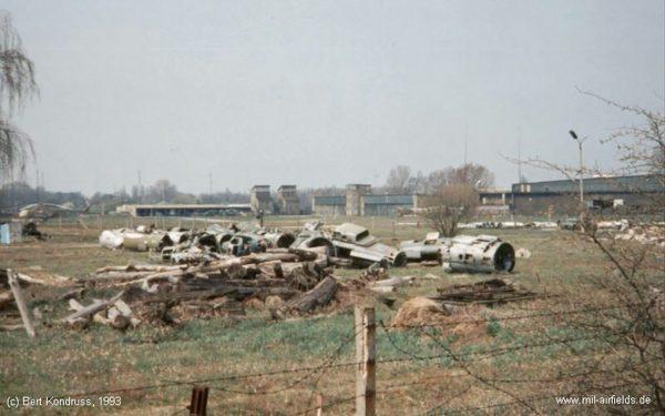Lotnisko Rangsdorf w 1993 roku (fot. Bert Kondruss/mil-airfields.de)