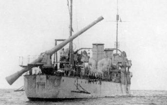 Radziecki niszczyciel Engels z 305 mm działem bezodrzutowym