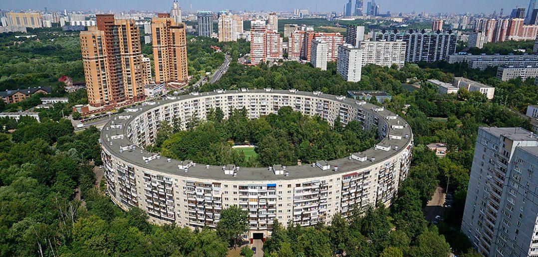 Okrągłe bloki w Moskwie