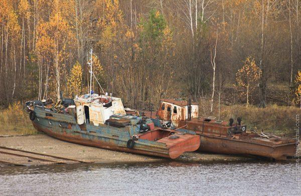 Cmentarzysko statków w mieście Perm (fot. Ratmirfoto)