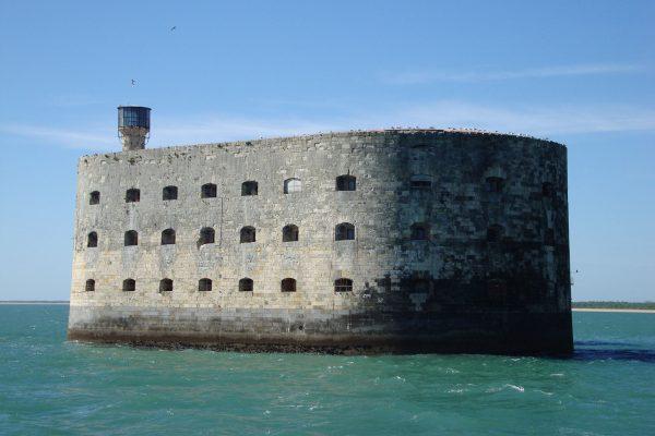 Fort Boyard (fot. Mpkossen/Wikimedia Commons)