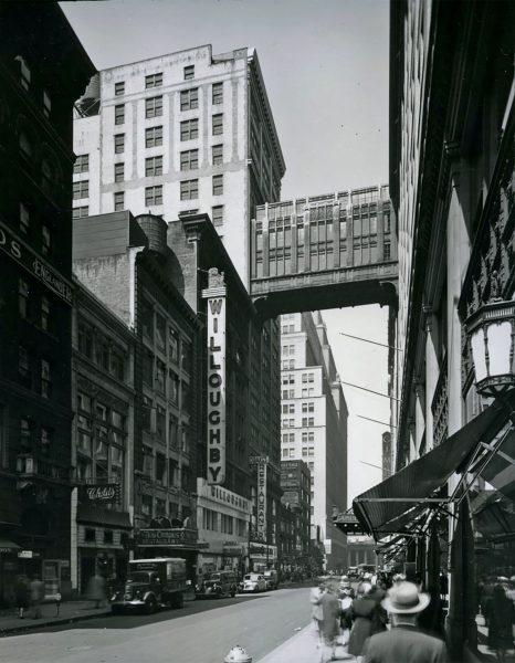 Gimbel's Skybridge w 1944 roku (fot. Metropolitan History)