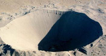 Krater Sedan - największy krater na świecie