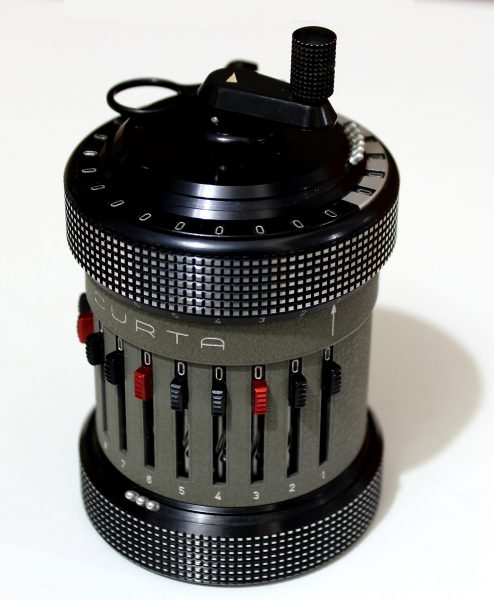 Kalkulator mechaniczny Curta Type II