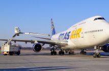 Boeing 747-446 na lotnisku Poznań-Ławica