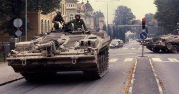 Stridsvagn 103 - bezwieżowy czołg podstawowy