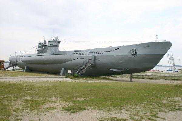 Niemiecki u-boot typu VIIC U-995 współcześnie