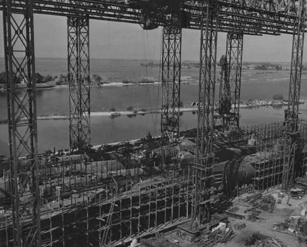 Okręty typu XXI podczas budowy