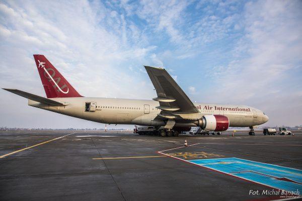 Boeing 777-200ER (Spotters Day 07.01.2017) na lotnisku Poznań-Ławica (fot. Michał Banach)