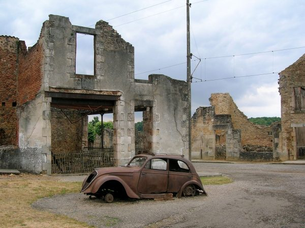 Ruiny Oradour-sur-Glane (fot. TwoWings/Wikimedia Commons)