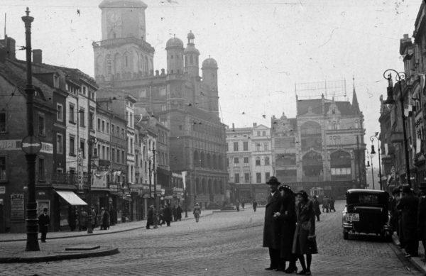 Stary Rynek w Poznaniu w okresie międzywojennym (fot. Kinga Poradowska-Banaszek/Blizny Poznania)