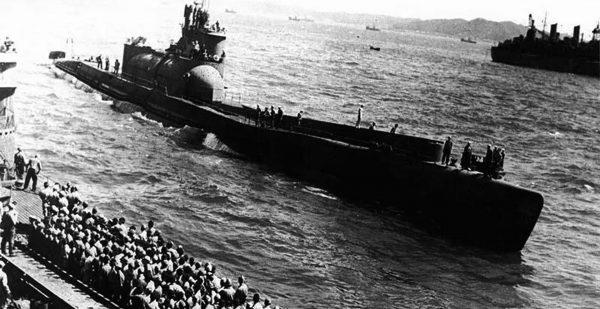 Jeden z okrętów typu I-400 po przejęciu przez Amerykanów