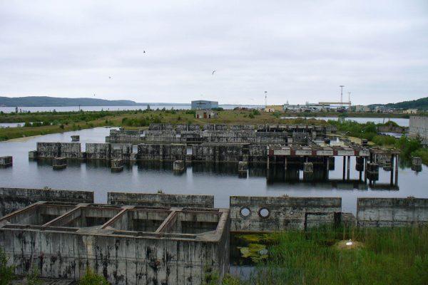 Pozostałości Elektrowni Jądrowej Żarnowiec (fot. nieznany)