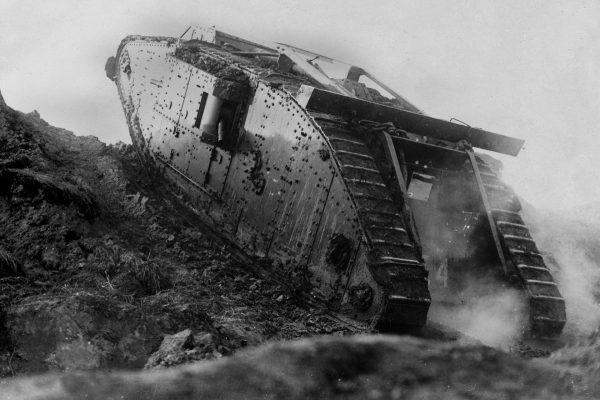 Mark IV podczas ataku